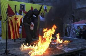 quema_banderas--644x420