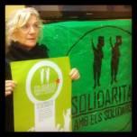 Suport de Mª José Lecha amb els Bastoners Solidaris. Activista dels moviments Socials,treballadora del hospital Sant Pau i membre de l'Assemblea dels Drets Socials de l'Eixample.